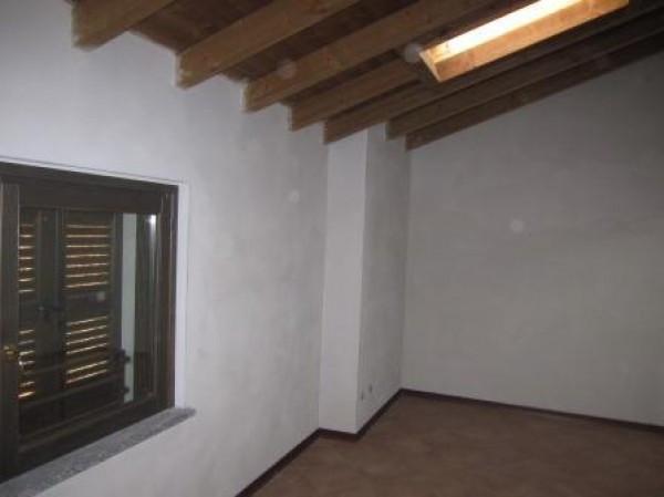 Soluzione Indipendente in vendita a Ospedaletto Lodigiano, 3 locali, prezzo € 95.000 | Cambio Casa.it
