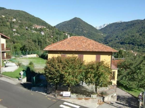Albergo in vendita a Rezzago, 6 locali, Trattative riservate | CambioCasa.it