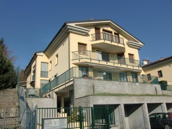 Appartamento in vendita a Merone, 3 locali, prezzo € 145.000   CambioCasa.it
