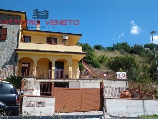 Villa in vendita a Torchiara, 6 locali, prezzo € 250.000 | Cambio Casa.it