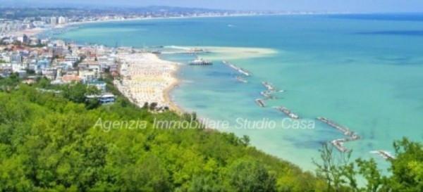 Appartamento in vendita a Gabicce Mare, 2 locali, prezzo € 170.000 | Cambio Casa.it