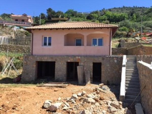 Villa in vendita a Camporosso, 6 locali, prezzo € 300.000 | Cambio Casa.it