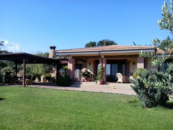 Villa in vendita a Cerveteri, 3 locali, prezzo € 480.000 | CambioCasa.it