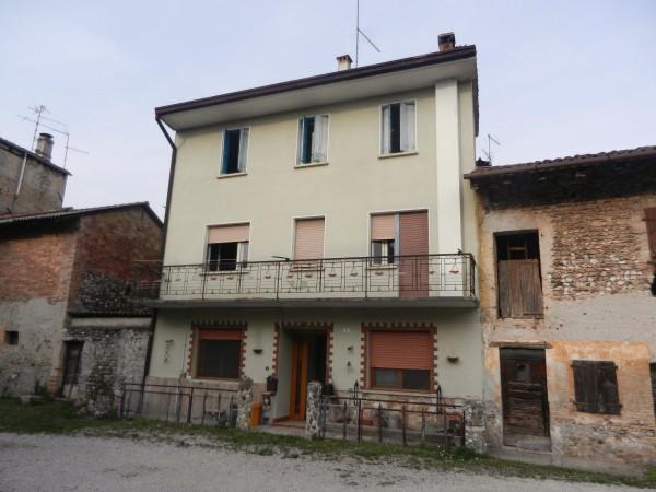 Rustico / Casale in vendita a Sedegliano, 3 locali, prezzo € 38.000 | CambioCasa.it
