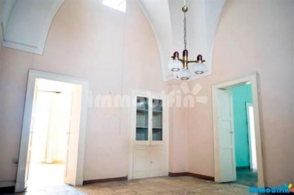 Palazzo / Stabile in vendita a Oria, 6 locali, prezzo € 130.000 | Cambio Casa.it