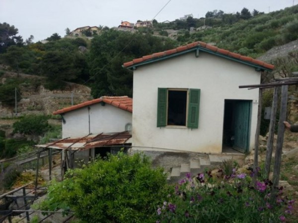 Rustico / Casale in vendita a Bordighera, 3 locali, prezzo € 180.000 | Cambio Casa.it