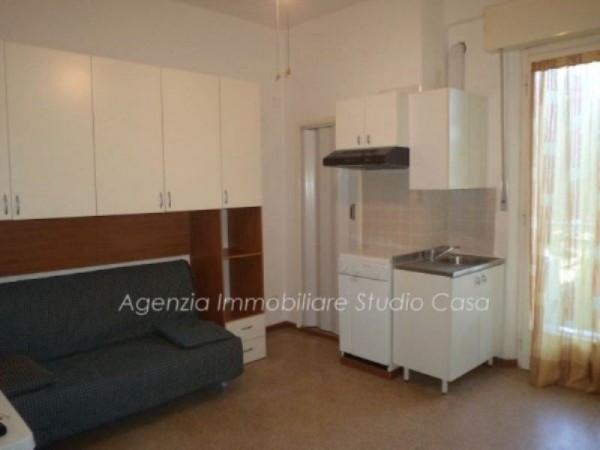 Appartamento in vendita a Gabicce Mare, 1 locali, prezzo € 99.000 | Cambio Casa.it