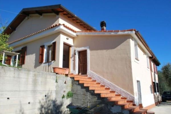 Villa in vendita a Dolceacqua, 6 locali, prezzo € 220.000 | CambioCasa.it