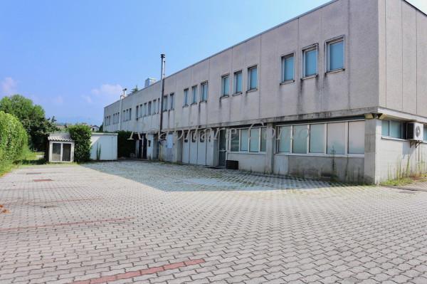Ufficio / Studio in affitto a Cantù, 6 locali, Trattative riservate | CambioCasa.it
