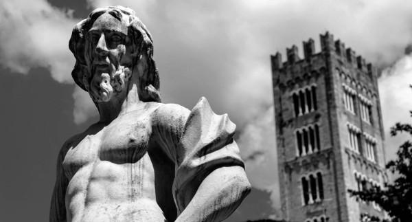 Bilocale Lucca Viale Carlo Del Prete 11