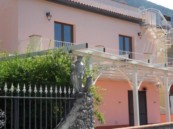 Appartamento in vendita a Maratea, 6 locali, prezzo € 190.000   Cambio Casa.it