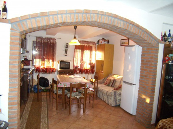 Rustico / Casale in vendita a Castagnole delle Lanze, 6 locali, prezzo € 218.000 | Cambio Casa.it