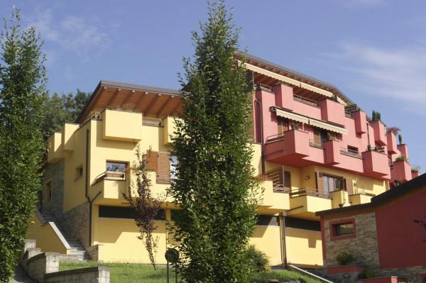 Appartamento in vendita a Cocquio-Trevisago, 3 locali, prezzo € 189.000 | Cambio Casa.it