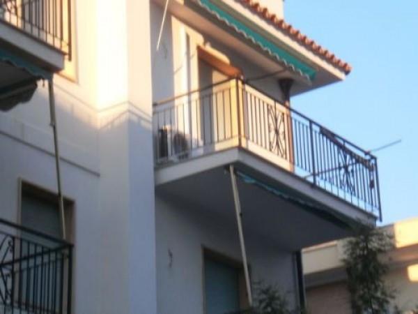 Bilocale Pietra Ligure Viale Della Repubblica 2