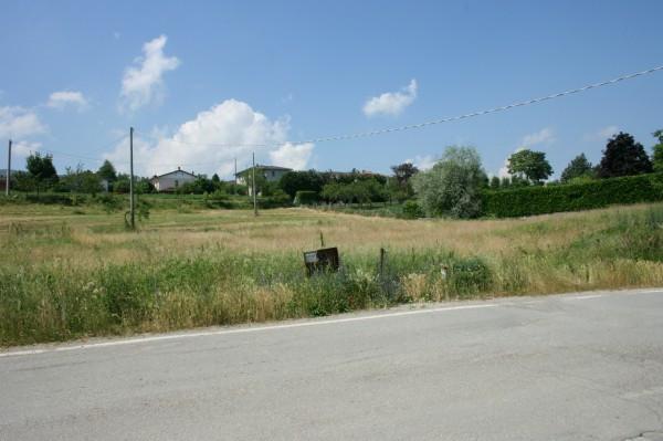 Terreno residenziale in Vendita a Lugagnano Val D'Arda: 2560 mq
