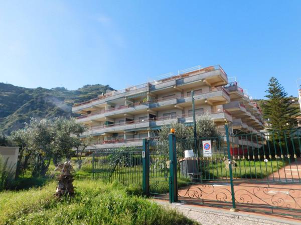 Appartamento in vendita a Sant'Alessio Siculo, 2 locali, prezzo € 100.000 | Cambio Casa.it