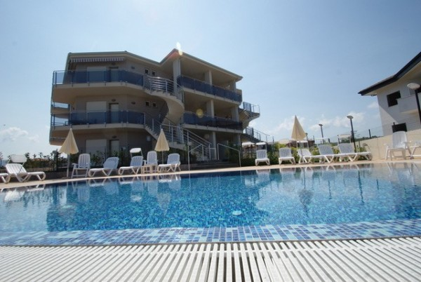 Appartamento in vendita a Briatico, 3 locali, prezzo € 100.000 | CambioCasa.it