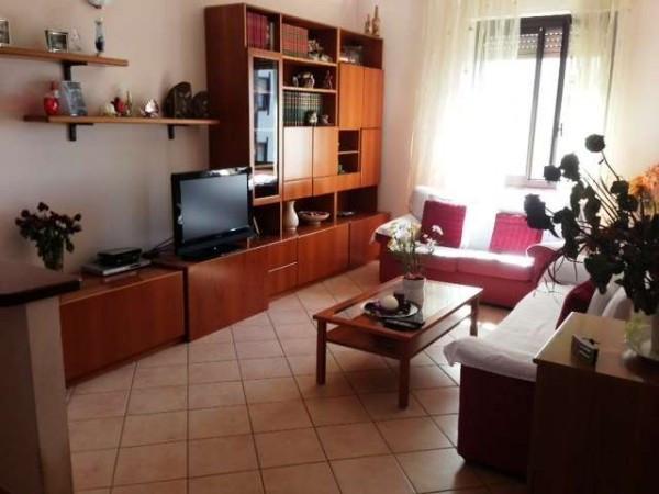 Appartamento in vendita a Olgiate Comasco, 3 locali, prezzo € 100.000 | Cambio Casa.it