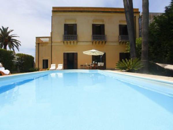Villa in Vendita a Messina Periferia: 5 locali, 500 mq