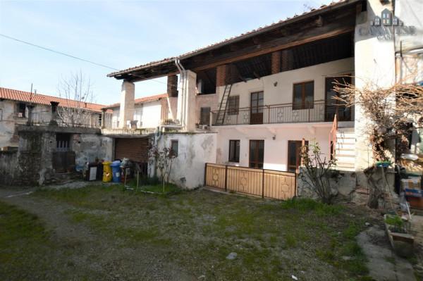 Casa indipendente in Vendita a Castellamonte Centro: 4 locali, 72 mq
