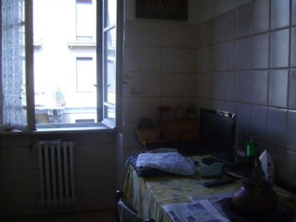 Bilocale Milano Via Lecco 3