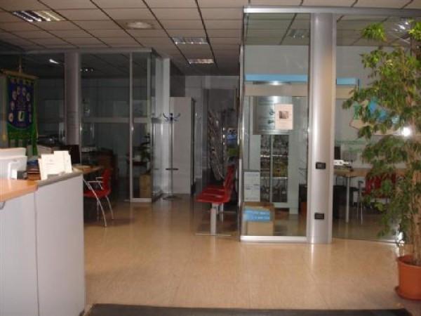 Ufficio / Studio in affitto a San Giorgio di Piano, 6 locali, prezzo € 1.900   Cambio Casa.it