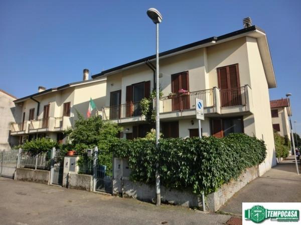 Villa a Schiera in vendita a Colturano, 4 locali, prezzo € 218.000 | Cambio Casa.it