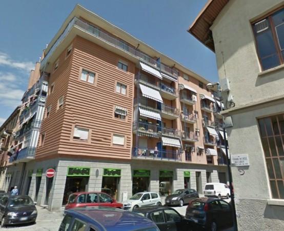 Negozio-locale in Vendita a Torino Semicentro Nord: 1 locali, 270 mq