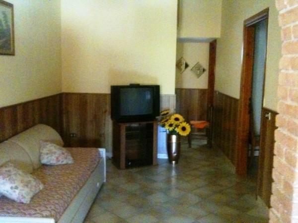 Appartamento in affitto a Massa d'Albe, 2 locali, prezzo € 250 | CambioCasa.it
