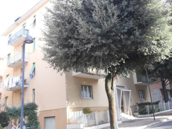 Appartamento in Vendita a Macerata Semicentro: 5 locali, 110 mq