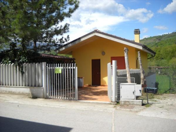 Soluzione Indipendente in vendita a Basciano, 5 locali, prezzo € 35.000 | Cambio Casa.it