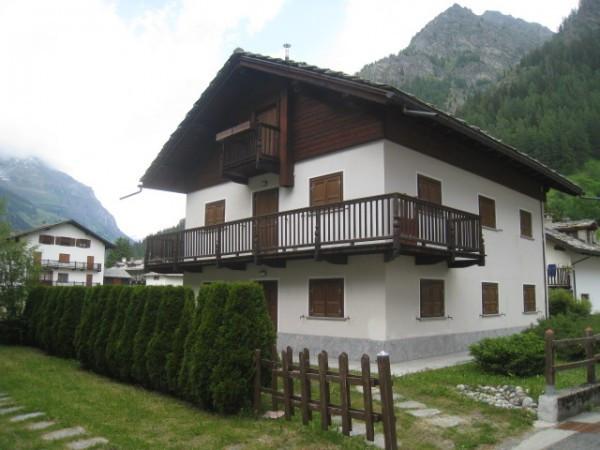 Appartamento in vendita a Gressoney-Saint-Jean, 3 locali, prezzo € 320.000 | Cambio Casa.it