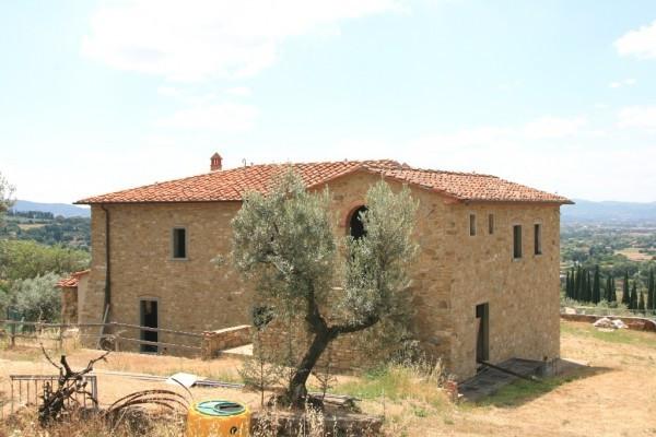 Rustico in Vendita a Arezzo Periferia Nord: 5 locali, 350 mq