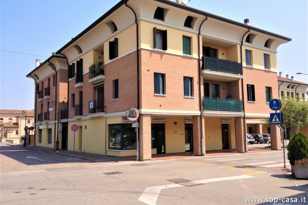 Appartamento in vendita a Argenta, 2 locali, prezzo € 120.000 | Cambio Casa.it