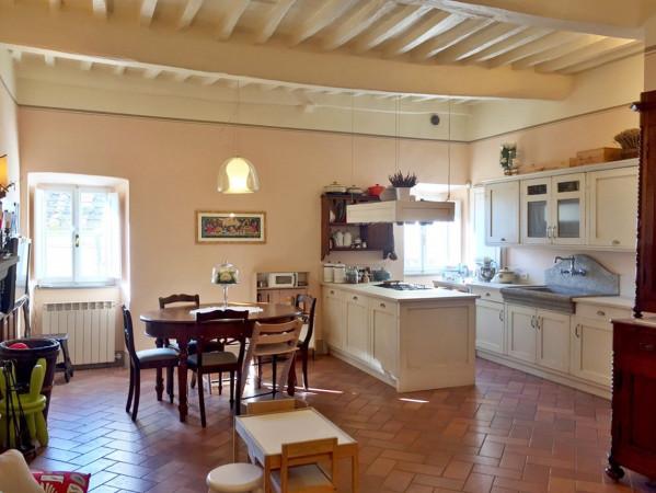 Casa indipendente in Vendita a Cortona Centro: 5 locali, 100 mq