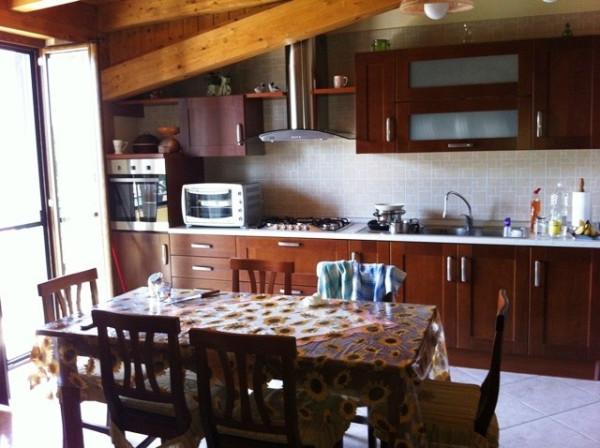 Appartamento in vendita a Acerra, 3 locali, prezzo € 88.000   Cambiocasa.it