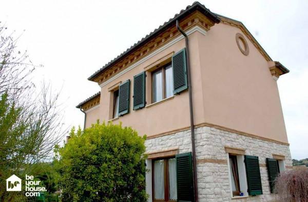 Soluzione Indipendente in vendita a Sirolo, 5 locali, prezzo € 320.000 | Cambio Casa.it