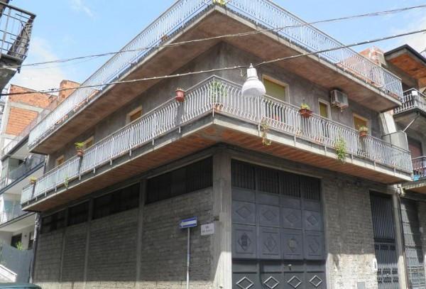 Soluzione Indipendente in vendita a Paternò, 6 locali, prezzo € 229.000 | CambioCasa.it