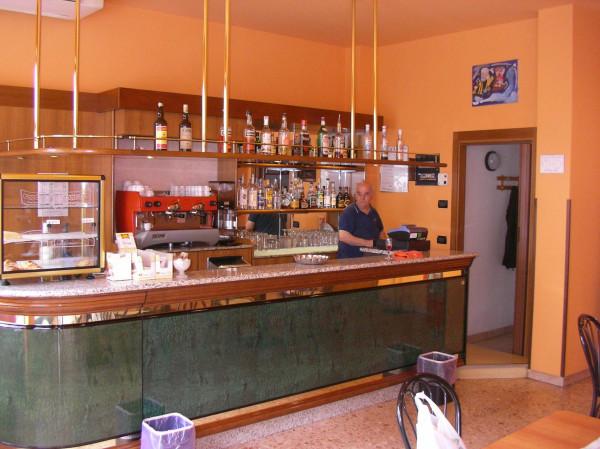 Bar in Vendita a Bovisio Masciago