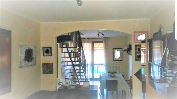 Appartamento in Vendita a Montescudo Centro: 2 locali, 199 mq