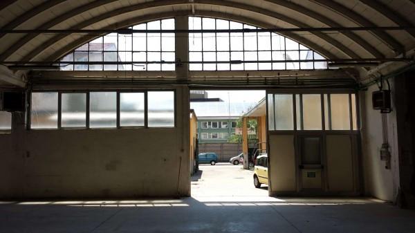 Capannone in affitto a Milano, 6 locali, zona Zona: 16 . Bonola, Molino Dorino, Lampugnano, Trenno, Gallaratese, prezzo € 6.000 | Cambio Casa.it