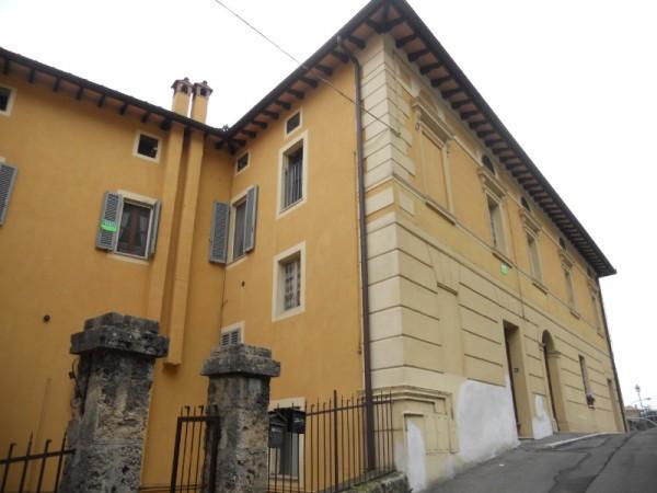 Appartamento in Vendita a Chiusi: 4 locali, 127 mq