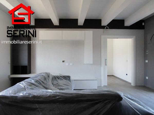 Villa in vendita a Corridonia, 6 locali, prezzo € 300.000 | Cambio Casa.it