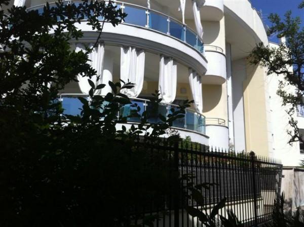 Appartamento in vendita a Latina, 6 locali, prezzo € 465.000 | Cambio Casa.it