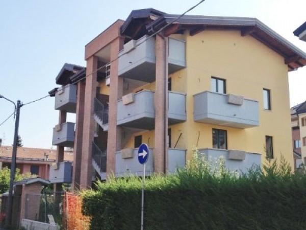Appartamento in vendita a Muggiò, 2 locali, prezzo € 150.000 | Cambiocasa.it