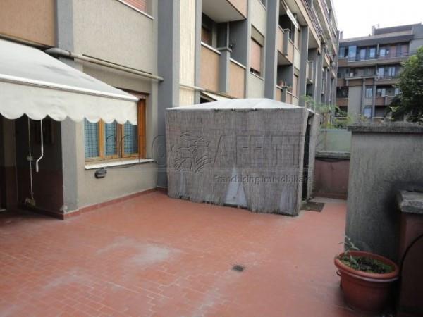 Bilocale Prato Via Marco Roncioni 9