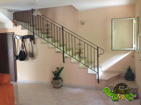 Villa a Schiera in vendita a Nizza di Sicilia, 6 locali, prezzo € 250.000 | Cambio Casa.it