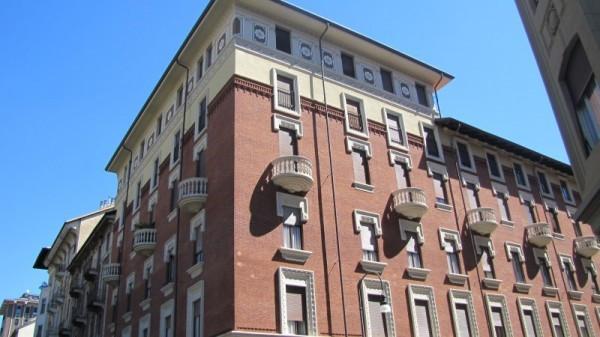 Appartamento in Affitto a Torino Semicentro: 5 locali, 200 mq