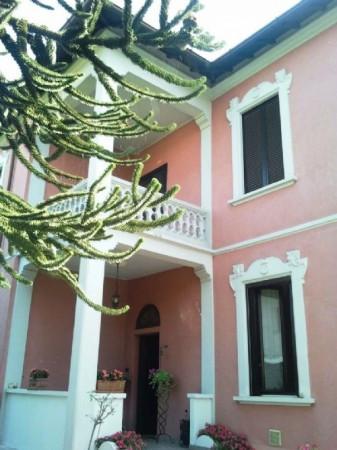 Villa in vendita a Gorla Maggiore, 4 locali, prezzo € 420.000 | Cambio Casa.it
