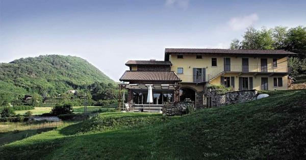 Villa in vendita a Angera, 6 locali, prezzo € 1.600.000 | Cambio Casa.it